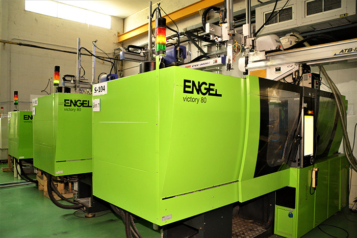 Single Injection Machines